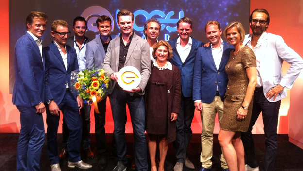Disrupting a traditional industry Drukwerkdeal.nl founder Marco Aarnink wins the Loey Award 2014