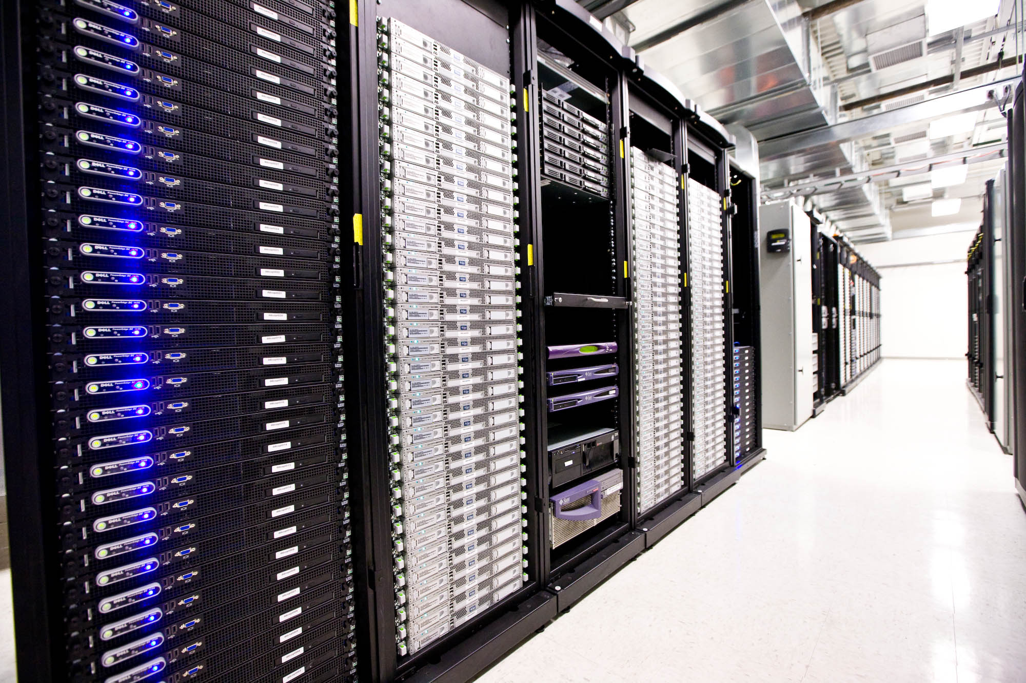 Dutch startup news update: underwater data centers, a wrong lesson from Uber and funding