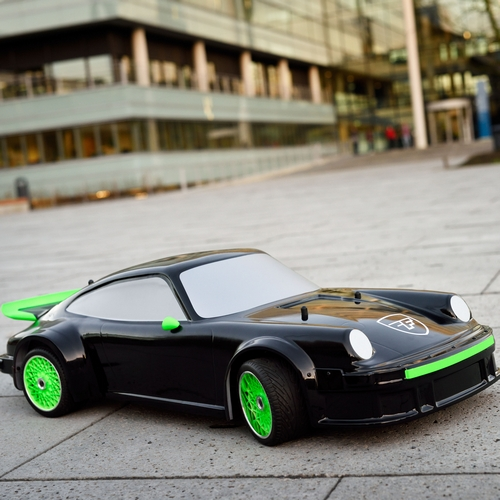 Formic acid powered car built by Eindhoven students