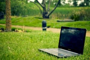 Dutch startup news update: Symbid, StartLife, startup visa